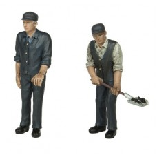 Bachmann Scenecraft 16-703 Fireman and Driver 16mm Scale Figures
