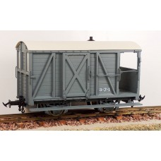 Accucraft W&L Brake Van R19-6B W&L Light Grey Data Only