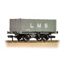 37-088 7 plank end door wagon LMS grey