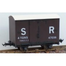Lynton & Barnstable 4 wheel vans SR Brown