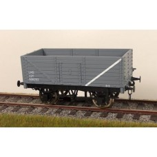32-1D 7 Plank wagon LMS Grey