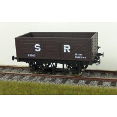 R32-1F G1 RCH 7 Plank Wagon in SR Brown IN STOCK