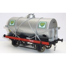 R32-3B-14-TON-Oil-Tanker-BP IN STOCK