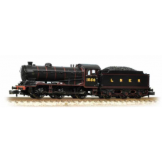 372-400 1856 LNER lined black flat sided tender